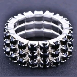 Stretchy Silver Black Crystal Ring